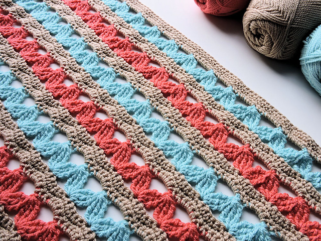 Hugs Lap Throw Blanket Free Crochet Pattern Free Crochet Patterns